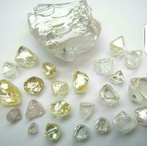 Rough Uncut Diamonds 02