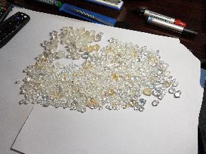 Rough Uncut Diamonds 04
