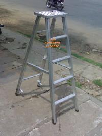 Aluminium Self Supporting Ladder ( Model No : F105)