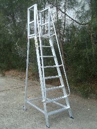 Mobile Work Platform Ladder