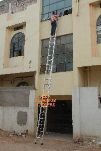 Single Extension Ladder