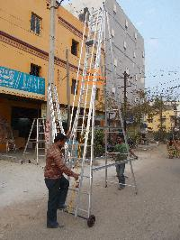 Telescopic Self Supporting  Ladder