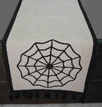 Table Runner 04
