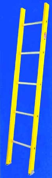 Single Section Ladder 01
