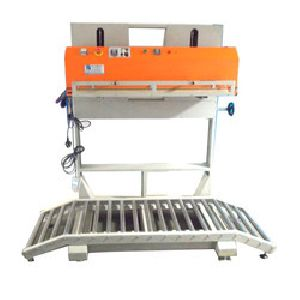 Continuous Sealing and Vacuum Machine
