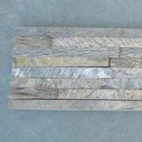 Ledge Stone Wall Panel (Deoli Green 8 strip)
