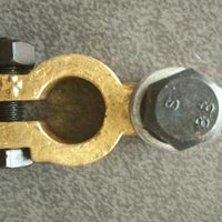 Brass Battery Terminal Clamp 01