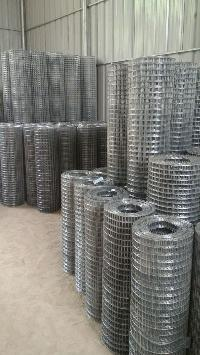 Galvanized Iron Welded Mesh Rolls 05