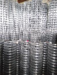 Galvanized Iron Welded Mesh Rolls 08