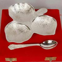 Brass Khan Safa Leaf with Spoon Silver Plated