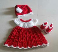 Crochet Toddler Dress 03
