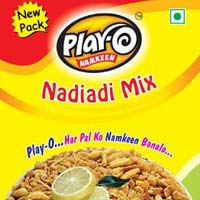 Play-O Nadiadi Mix Namkeen