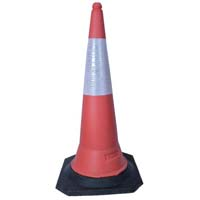 KT Safety Cone With Rubber Base 750mm