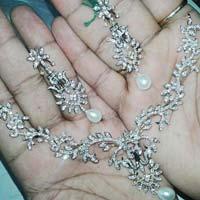 Diamond White Gold Necklace (CWDWGN002)