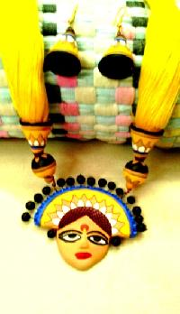 Indian Craftsmanship Terracotta Necklace