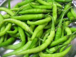 Fresh Green Chilli 01