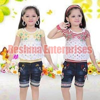 Girls Denim Shorts (D.No. : 1238)
