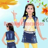 Girls Denim Shorts (D.No. : 1254)