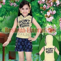 Girls Denim Shorts (D.No. : 713)
