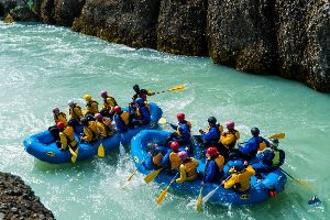 River Rafting Booking Services  04