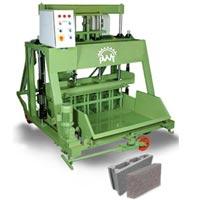 Hydraulically Operated Concrete Block Making Machine 1060 P